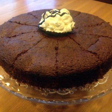 Tort de ciocolată cu vişine 700g