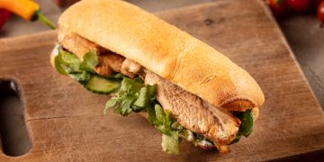 Csirke barbeque szendvics