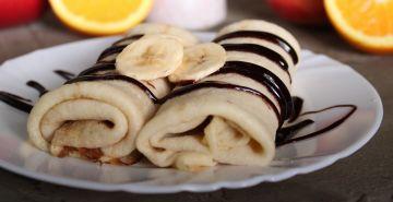 Clătite cu ciocolată şi banane