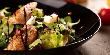 Chicken balsamico saláta